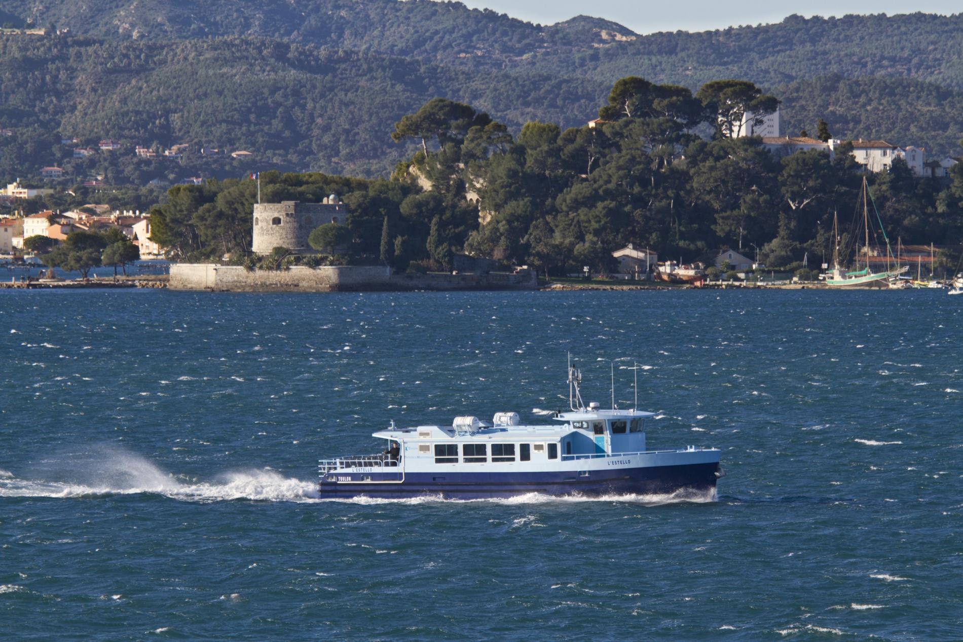 Nos réalisations : Eco Bateau Bus Toulon