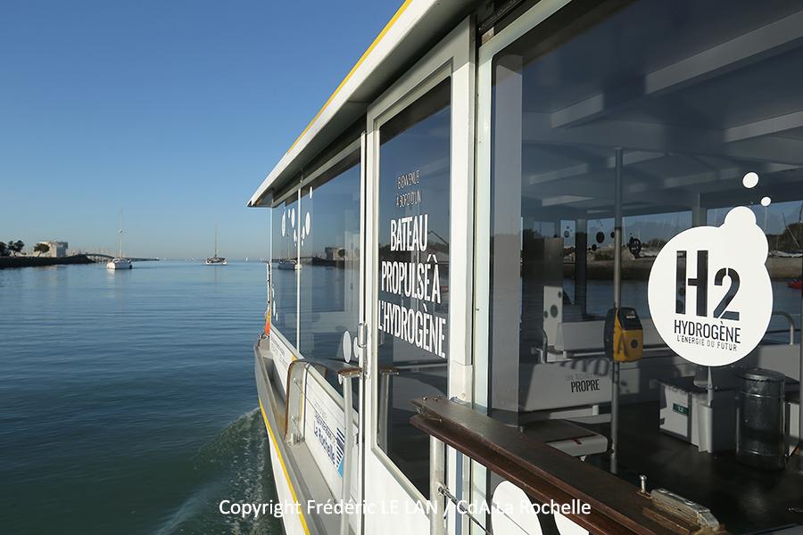 Nos réalisations : Bus de mer hydrogène La Rochelle