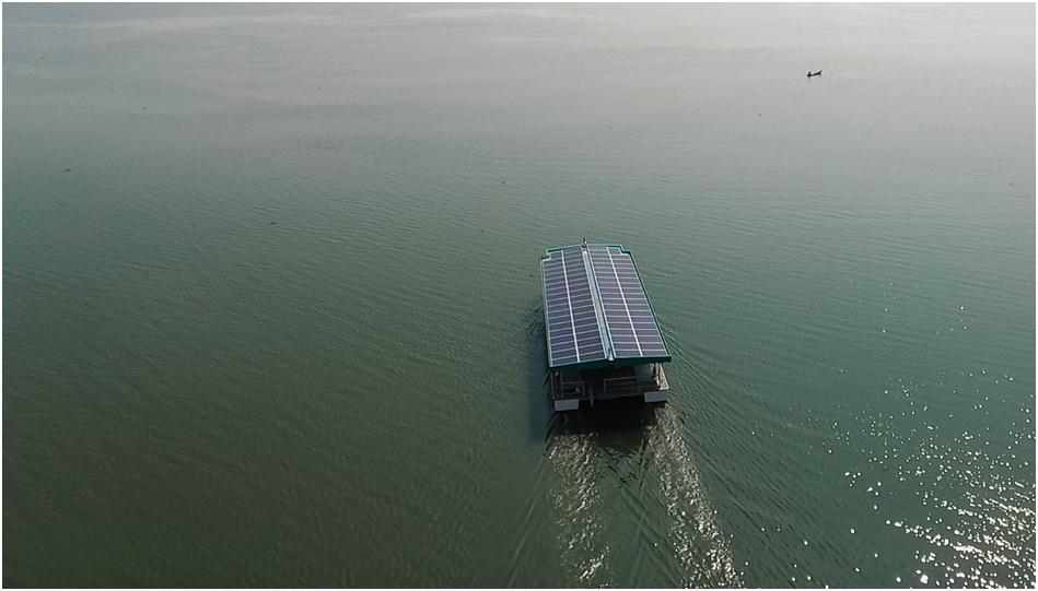 Lancement Aditya premier ferry indien solaire par Alternatives Energies