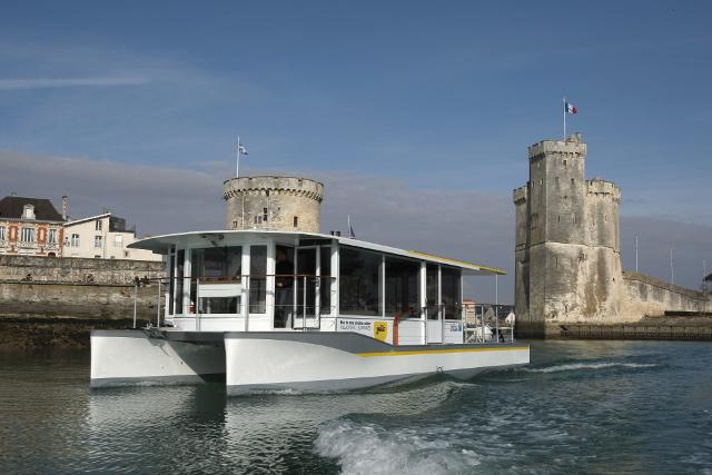 Nos réalisations : bus de mer La Rochelle