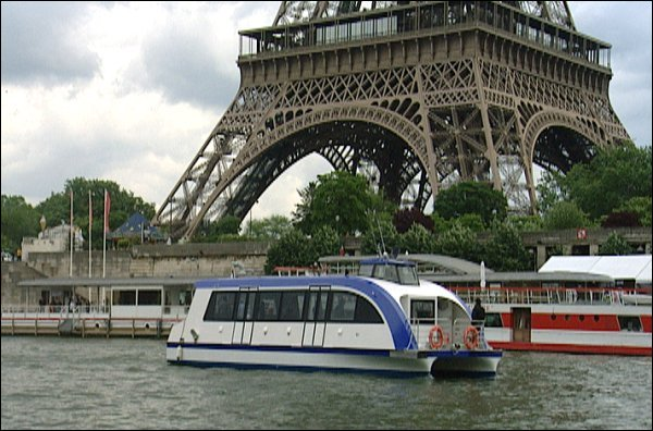 Historique de la société, navettes fluviales électriques à Paris